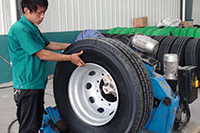 TIRE FITTING